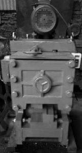 Mesin Potong Besi